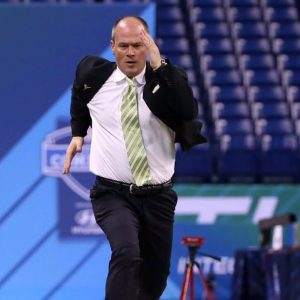 Over/Under for Rich Eisen's 40-Yard Dash at 2019 NFL Combine Set at 6 Seconds