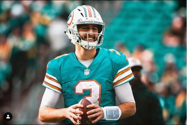 Early Odds to Get First Overall Pick in 2020 NFL Draft; Dolphins Listed as Favorites
